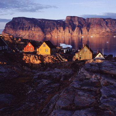 Mitternachtssonne . Uummannaq . Grönland . 2009 (Foto: Andreas Kuhrt)