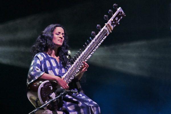 Anoushka Shankar (Sitar) (England/Indien) . Rudolstadt Festival . 2016 (Foto: Andreas Kuhrt)