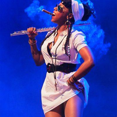 La Dame Blanche: Yaïté Ramos Rodriguez . Rudolstadt-Festival 2017 (Foto: Andreas Kuhrt)